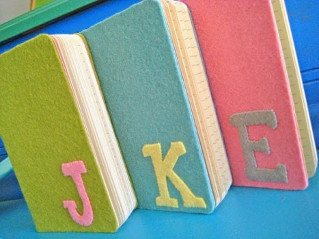 cuadernos forrados con fieltro