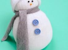muleco de nieve con calcetin