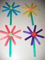 Manualidades de primavera – Flores de palillos